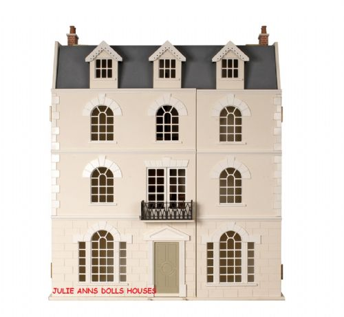 The Beeches Dolls House